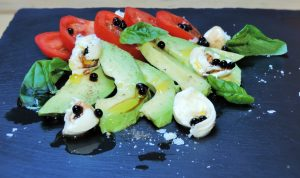 Buffalo-mozzarella-tomato-avocado-and-balsamic-pearls-salad